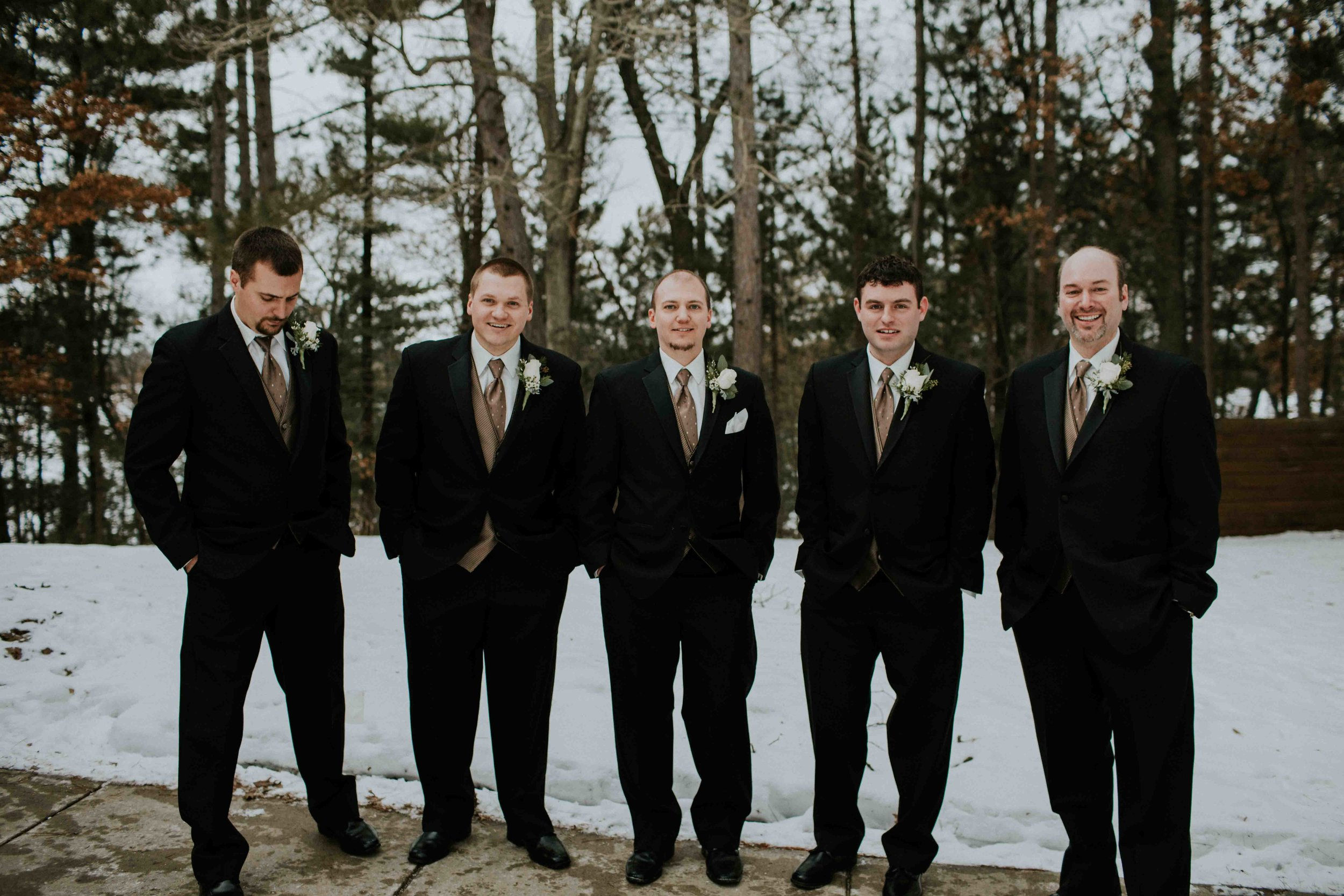winter wedding y camp wisconsin rapids