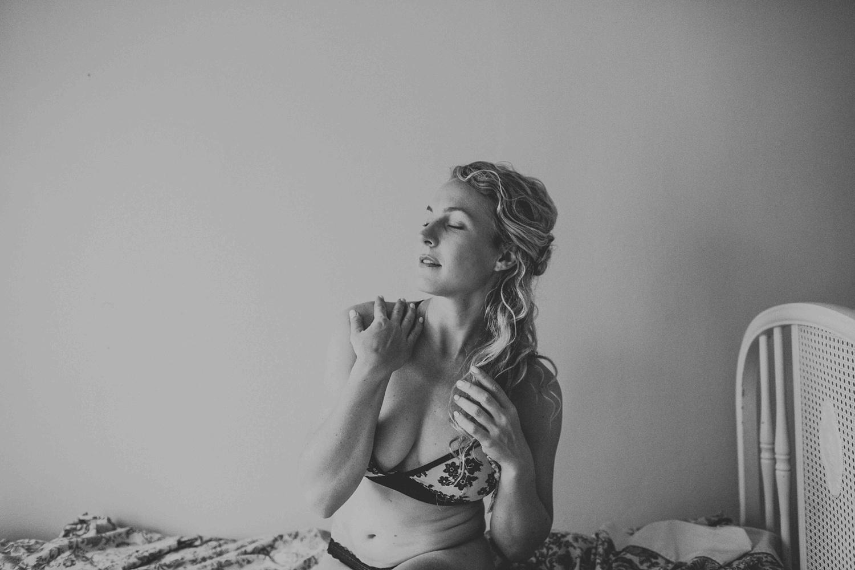 Madison Milwaukee Boudoir Photographer Chloe Ann Photography_0003.jpg