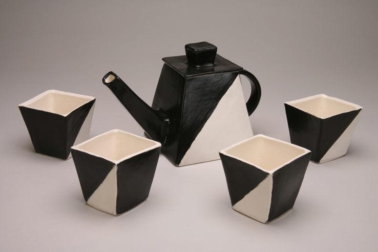 Black & White Tea Set