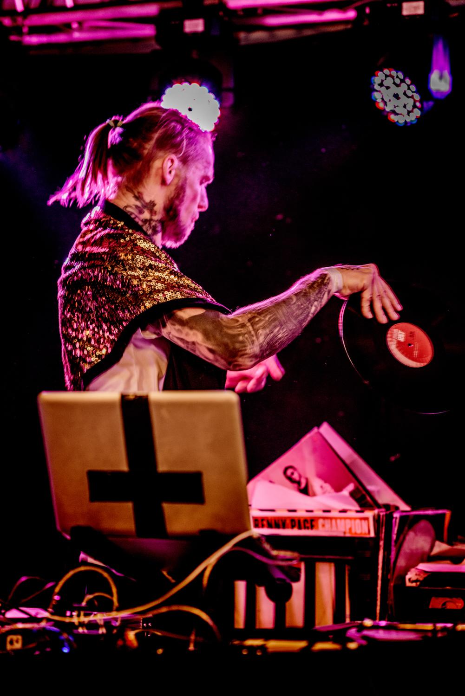 DJ-Souljah-i-Kassehuset