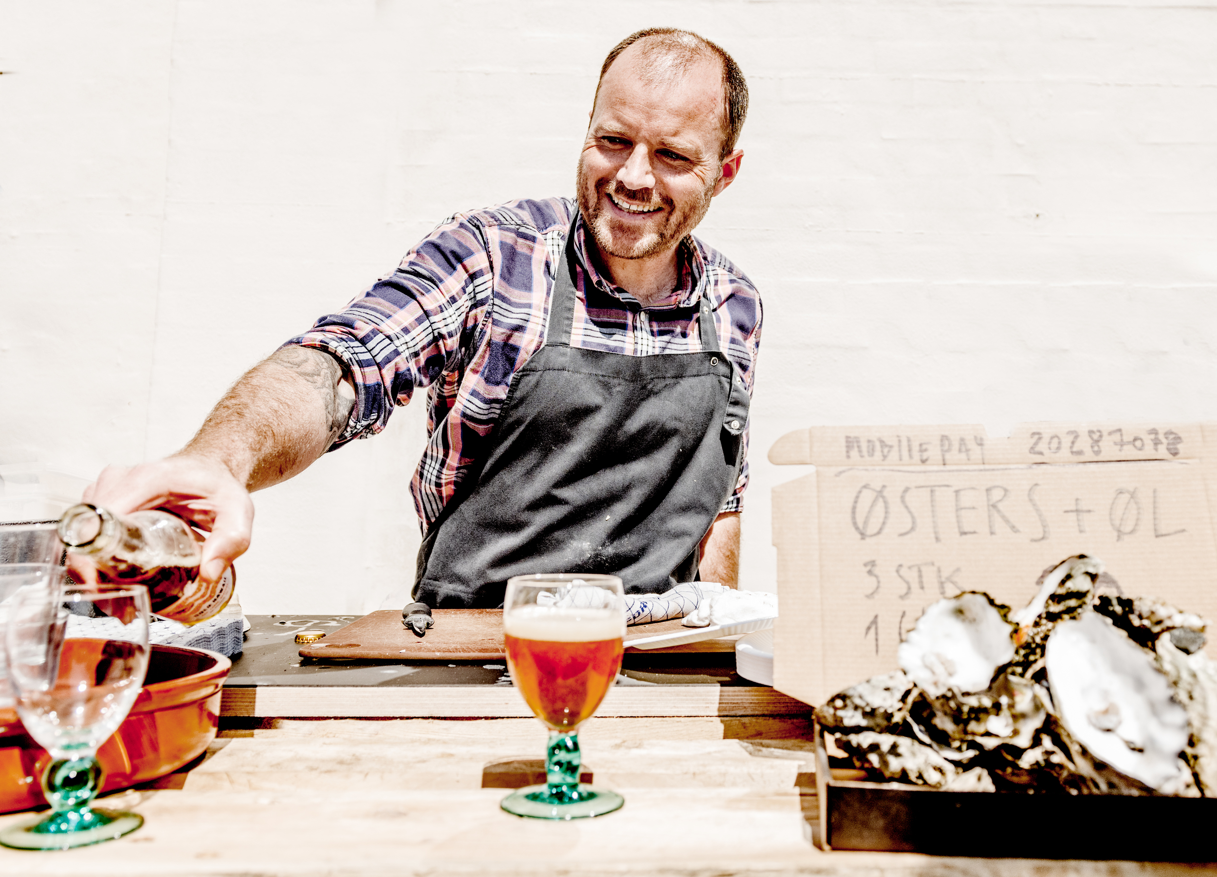 Our local, formerly full-time chef, Christian Poul Petersen, served oysters from Limfjorden along with Cold Hawaii beer.