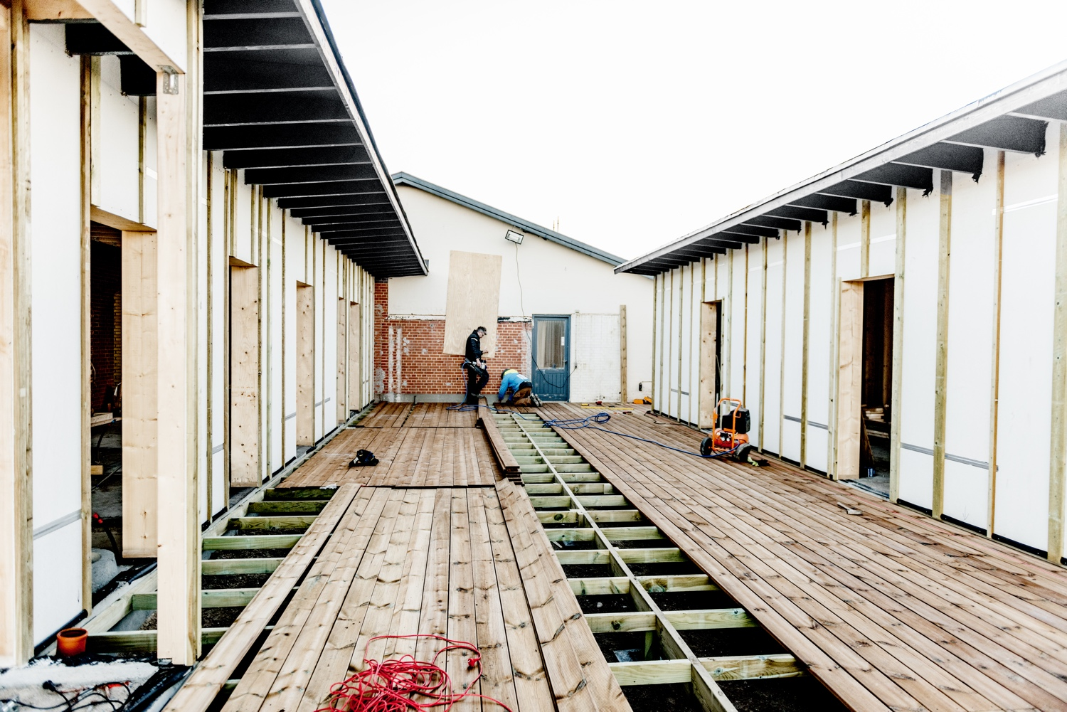 Decking-the-new-terrace_Ørhagevej-84.jpg