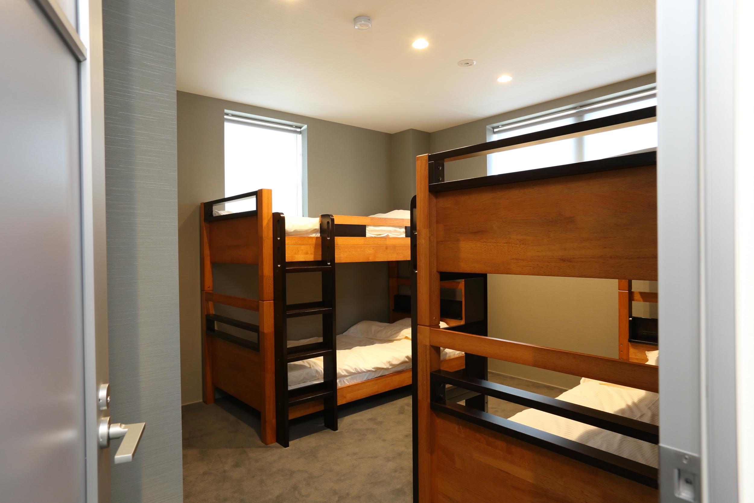 bluebird apartments bunk room.jpg