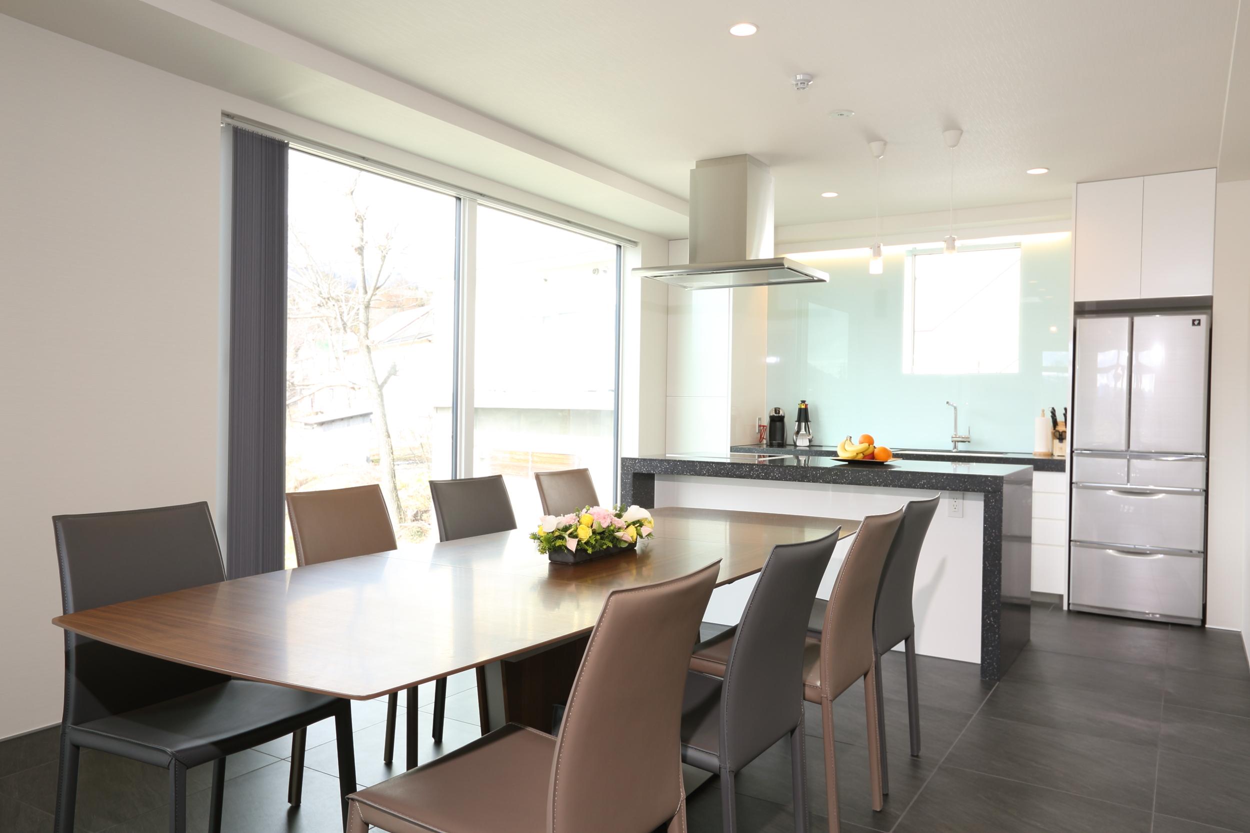 bluebird apartments dining table.jpg
