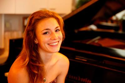 Lara Gwen Müller,  pianoforte