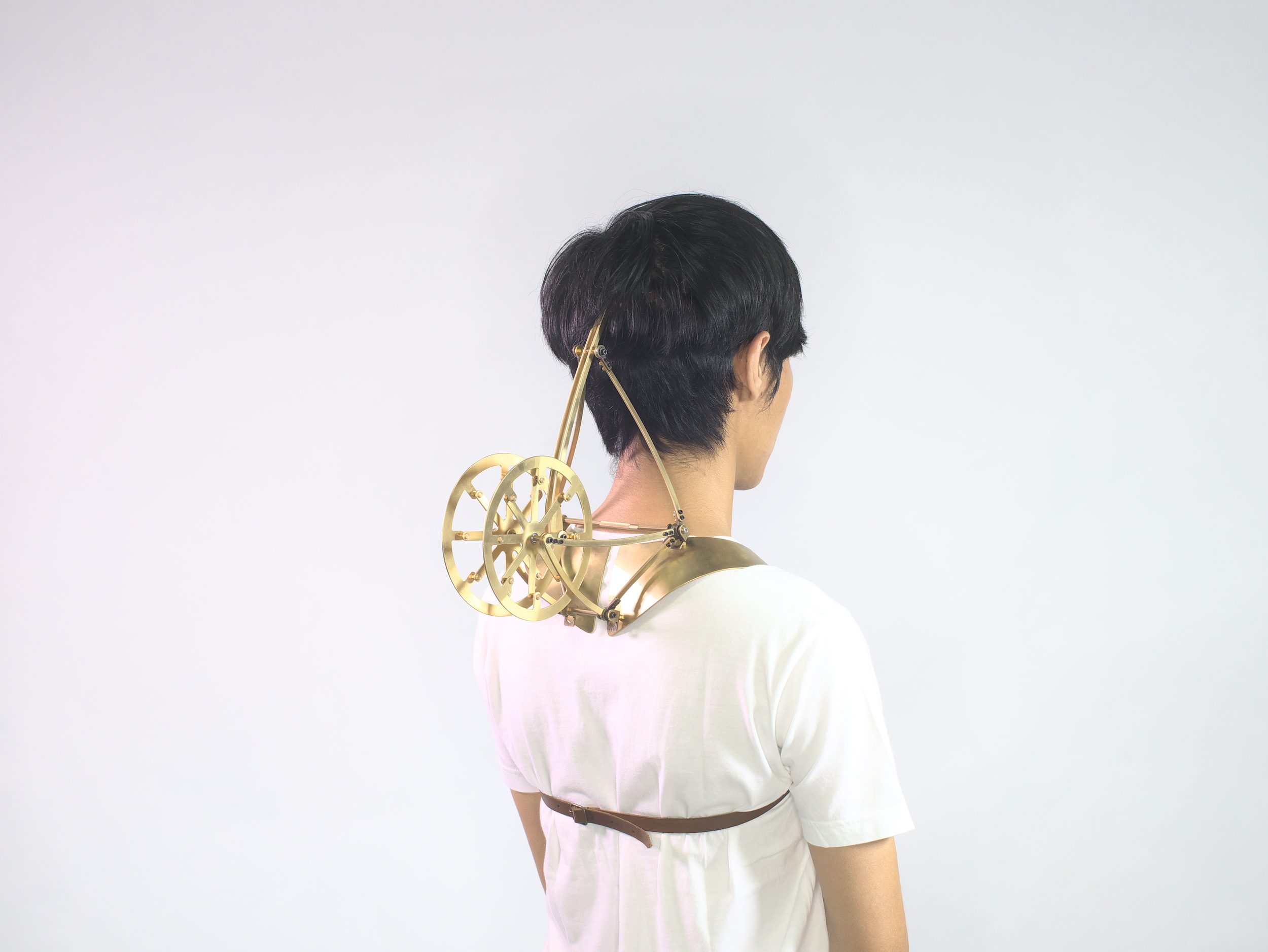 THE CHINESE DREAM OF TRAIN   - LIMITATION OF BODY MOVEMENT   (1), 2014    Head-piece    Brass, Stainless Steel