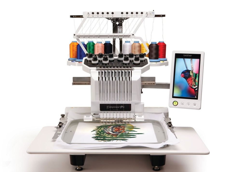 Brother entrepreneur Pro pR1000e  * 110 built-in designs  * thread sensor  * 10 needles  * automatic upper and lower thread cutting  * innoveye technology  * snowman position markers