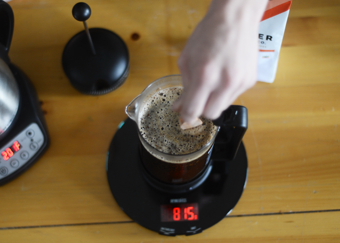 french press stir