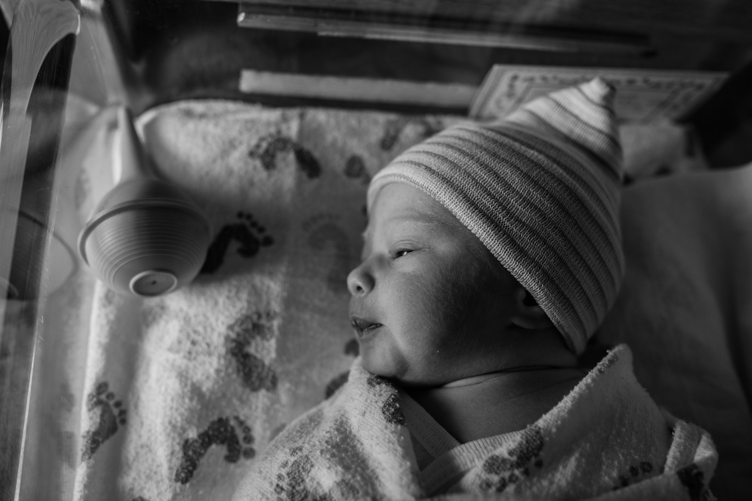 asheville newborn hospital photography