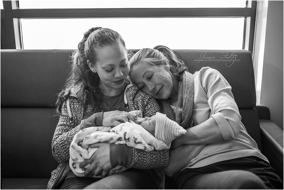 Hendersonville birth photographer
