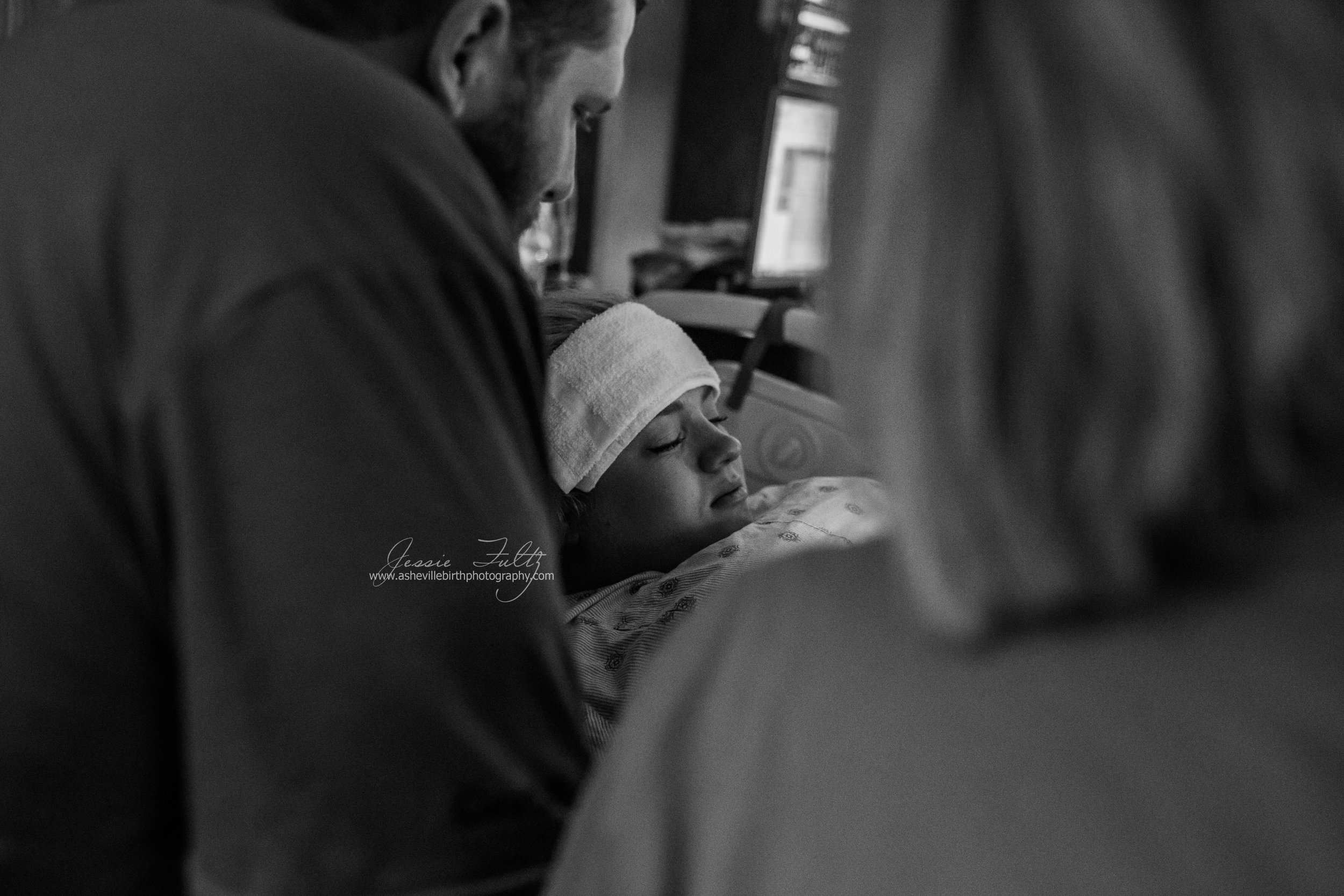 close-up of a laboring woman pushing during a contraction