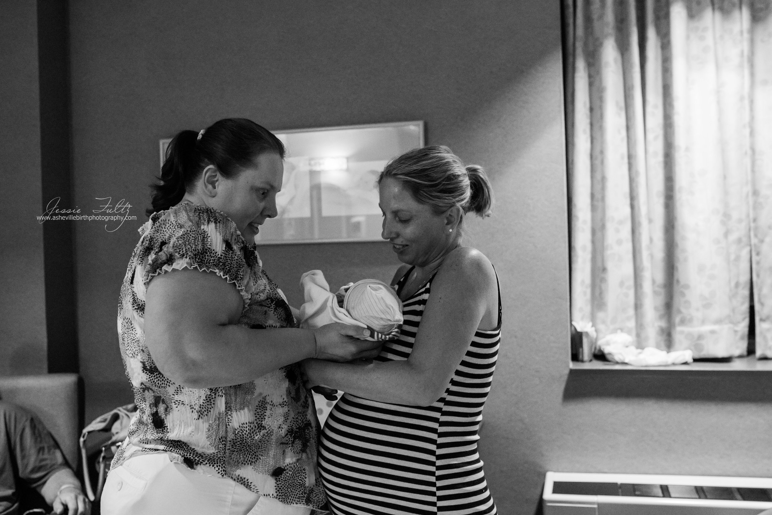 Payton Blair Birth Story-232.jpg