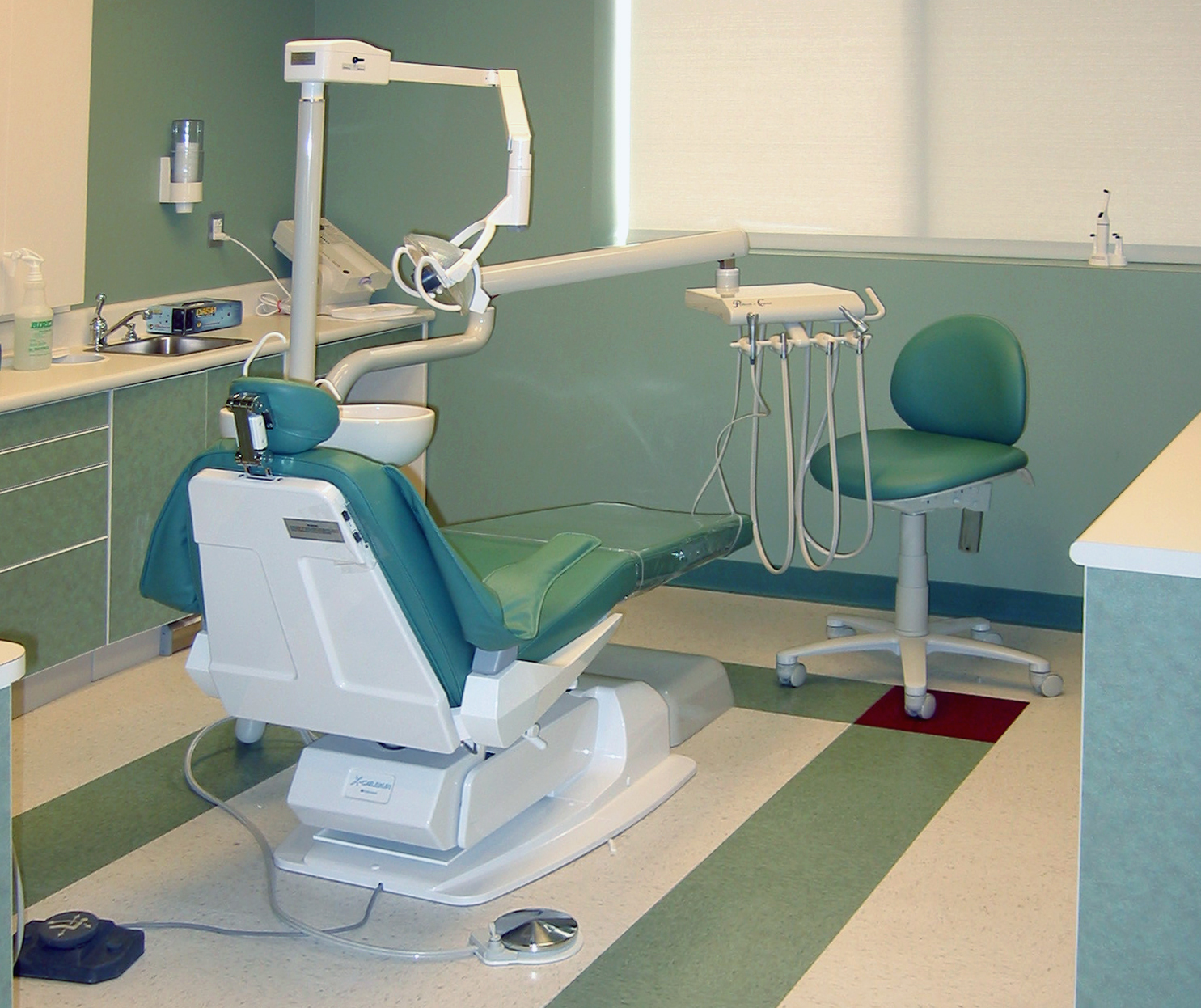 Freed Dental Chair 1b.jpg