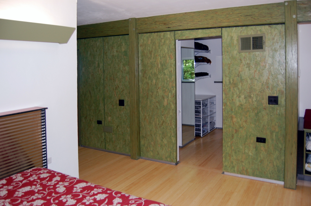 Lonchay Bedroom 2.jpg