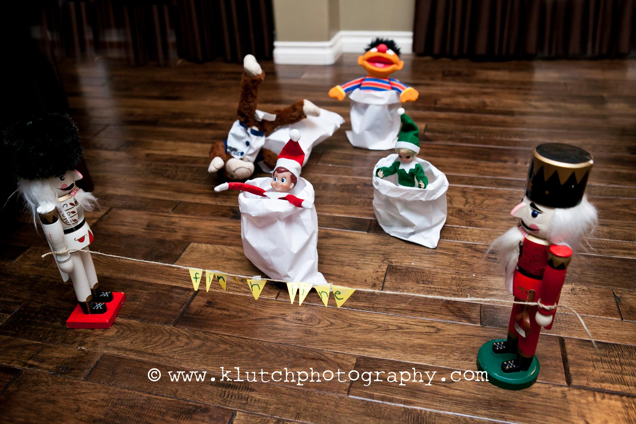 Klutch Photography, family photographer, elf on the shelf, vancouver family photographer, whiterock family photographer, lifeunscripted photographer, lifestlye photographer mjpg.jpg