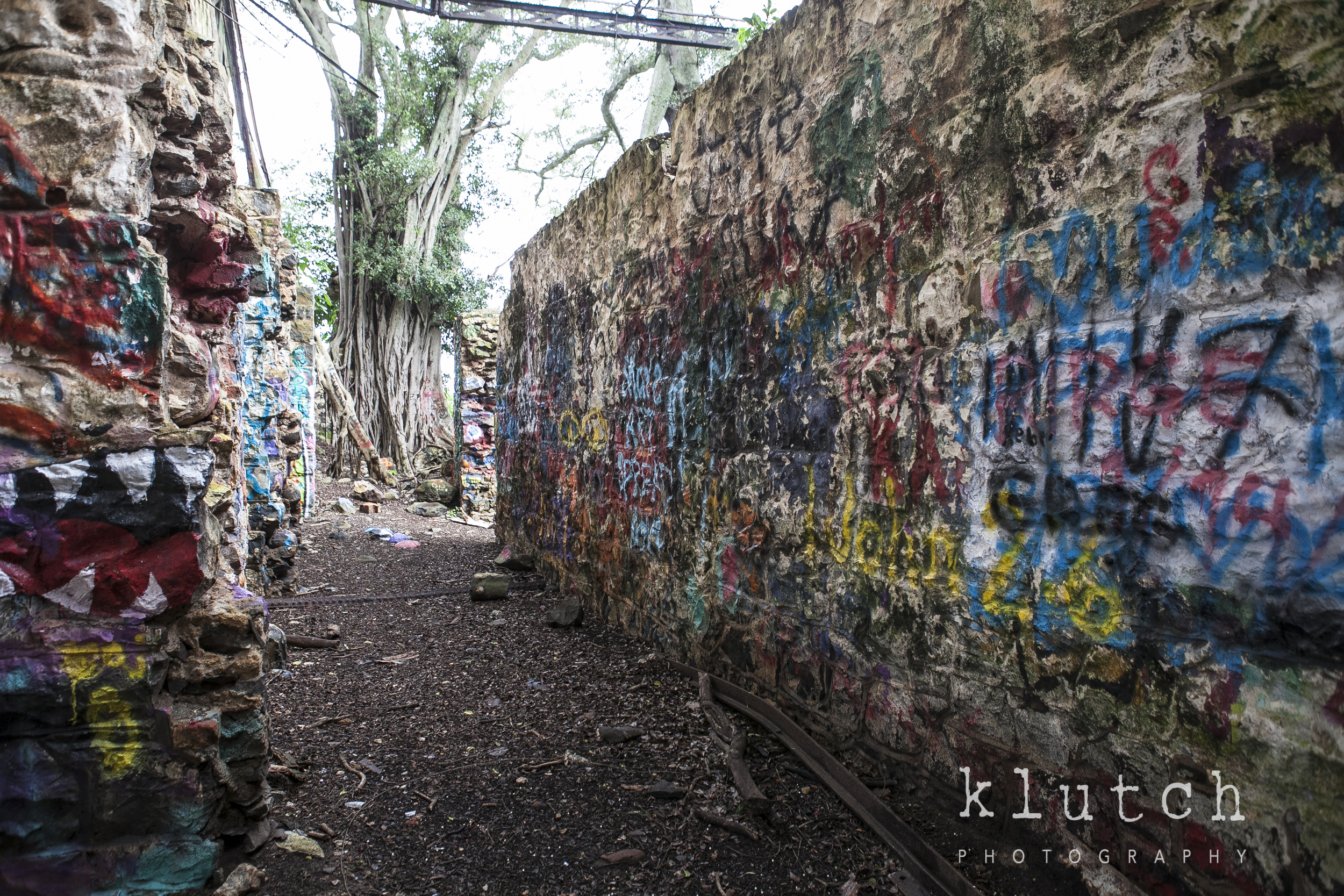 Klutch photography, maui, paia, abandoned building, abandoned ruins, vancouver family photographer, life unscripted-0816.jpg