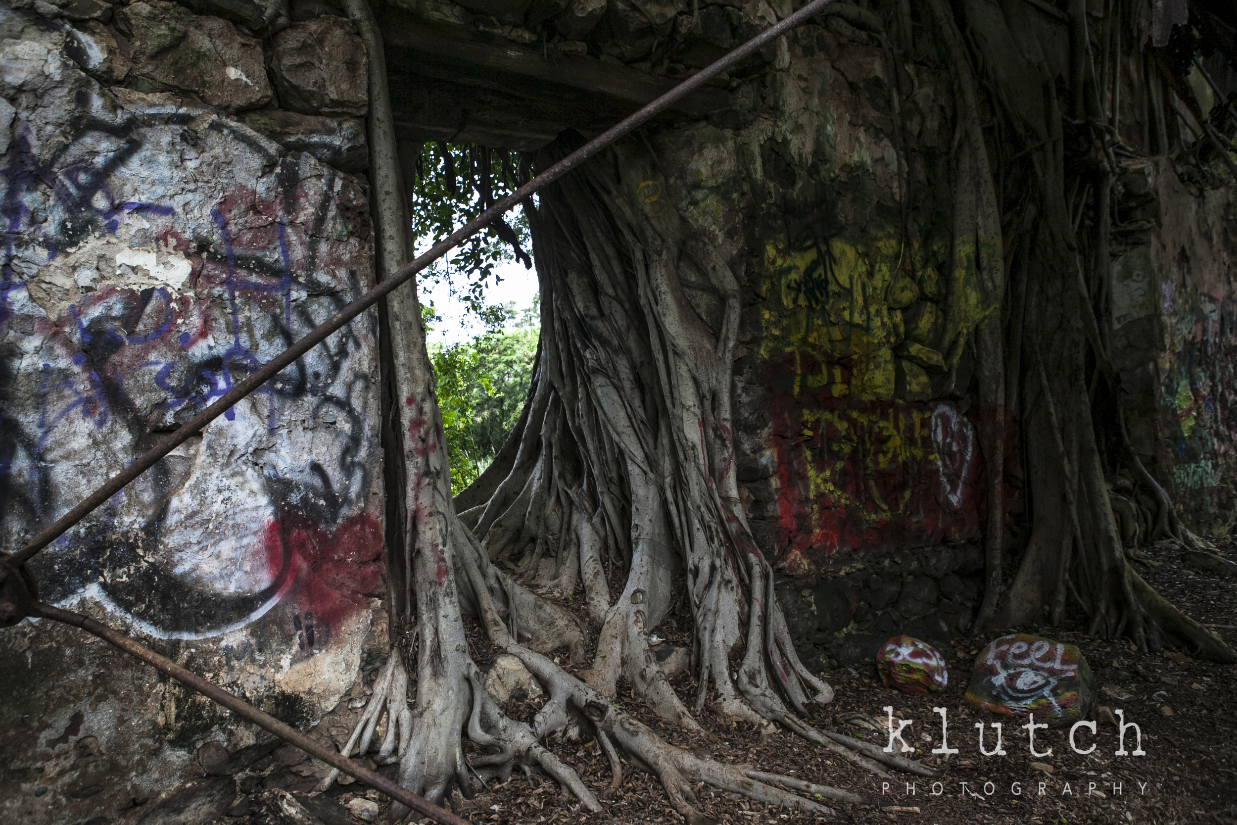 Klutch photography, maui, paia, abandoned building, abandoned ruins, vancouver family photographer, life unscripted-0750.jpg