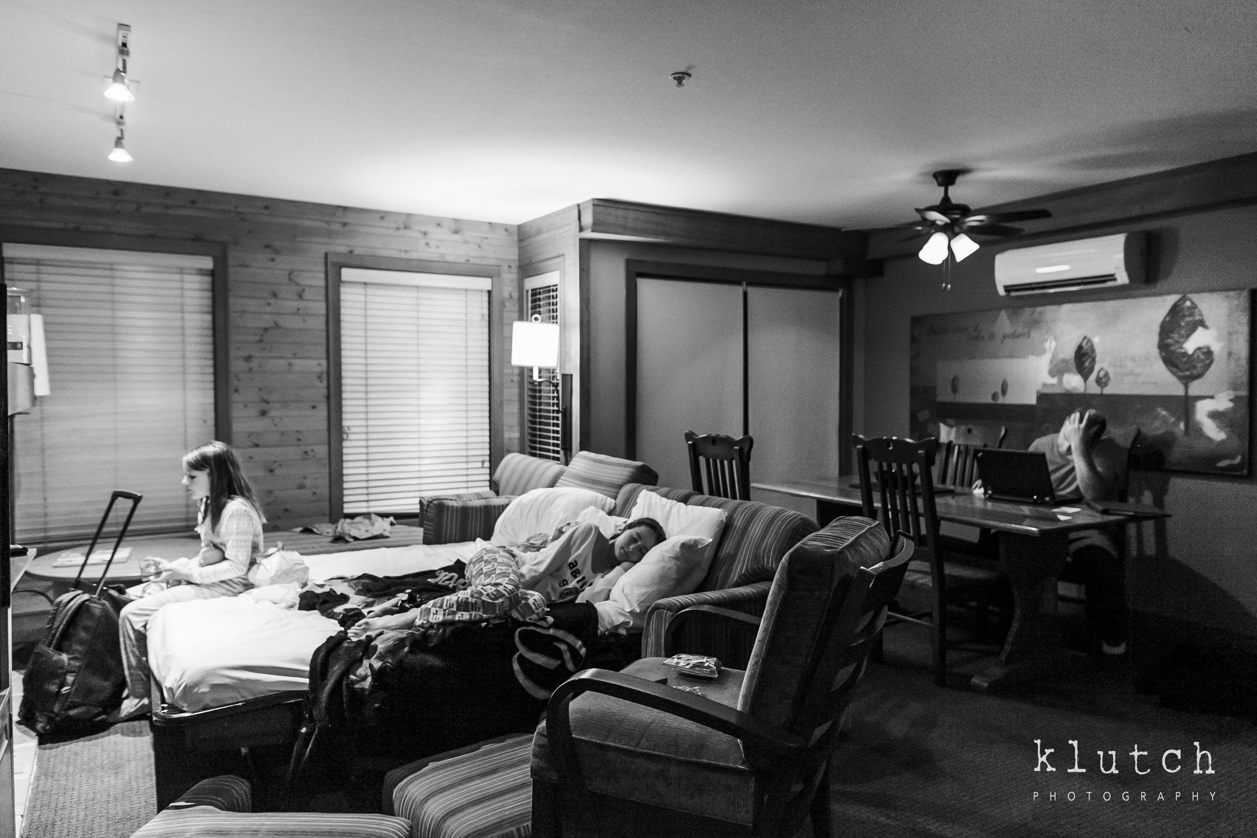 http://www.klutchphotography.com/blog/2018-cabo-san-lucas-mexico-weather-vacation-family resting -5997.jpg