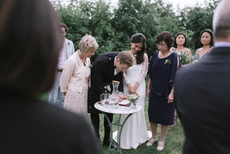 The_Secret_Herb_Garden_Edinburgh_Nikki_Leadbetter_Photography_Alternative_Wedding_Photography-440.jpg