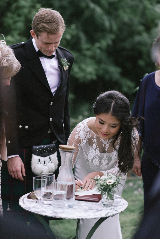 The_Secret_Herb_Garden_Edinburgh_Nikki_Leadbetter_Photography_Alternative_Wedding_Photography-444.jpg