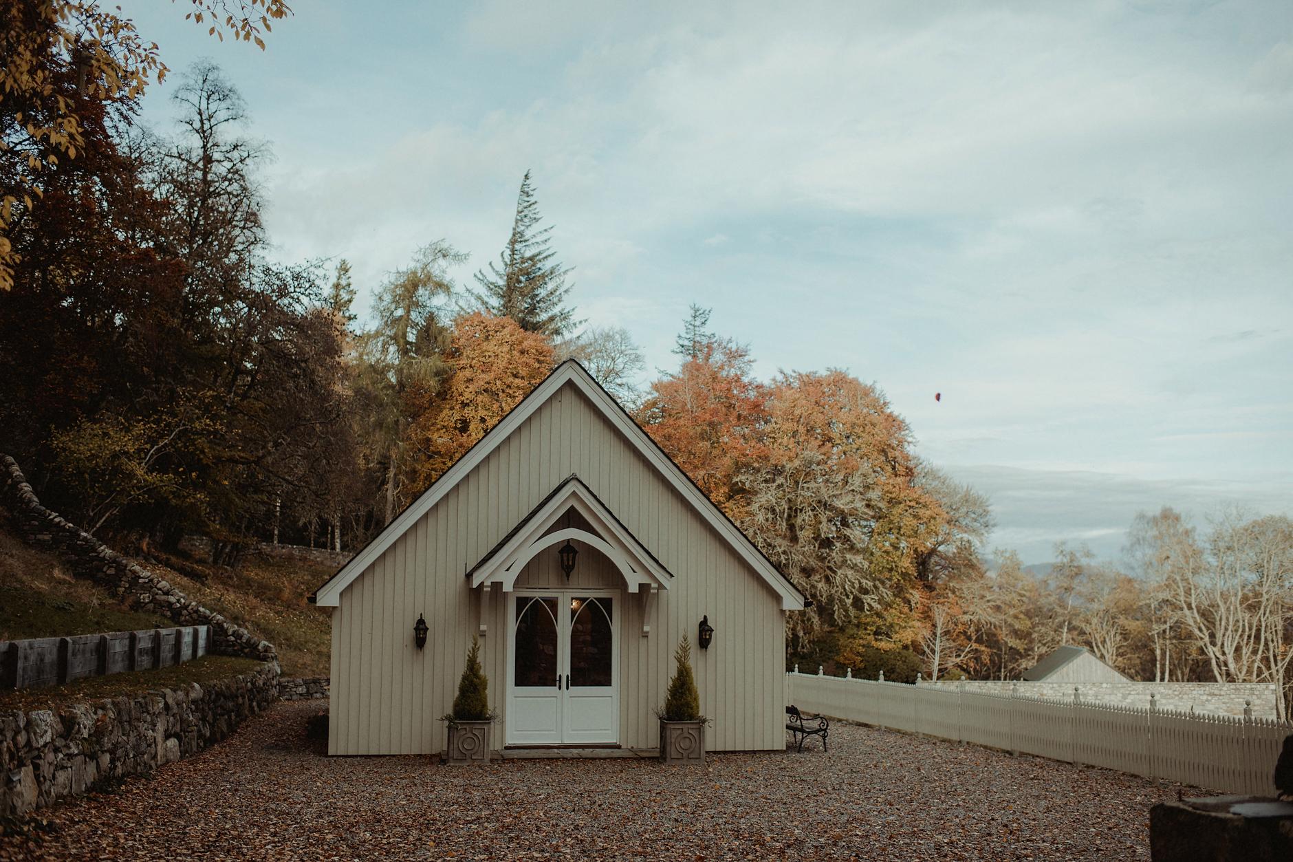 Glentruim-Wedding-Nikki-Leadbetter-Photography-19.jpg