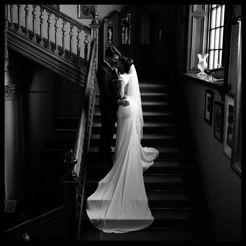 Nikki-Featured-Circle-DomRachel-003.png
