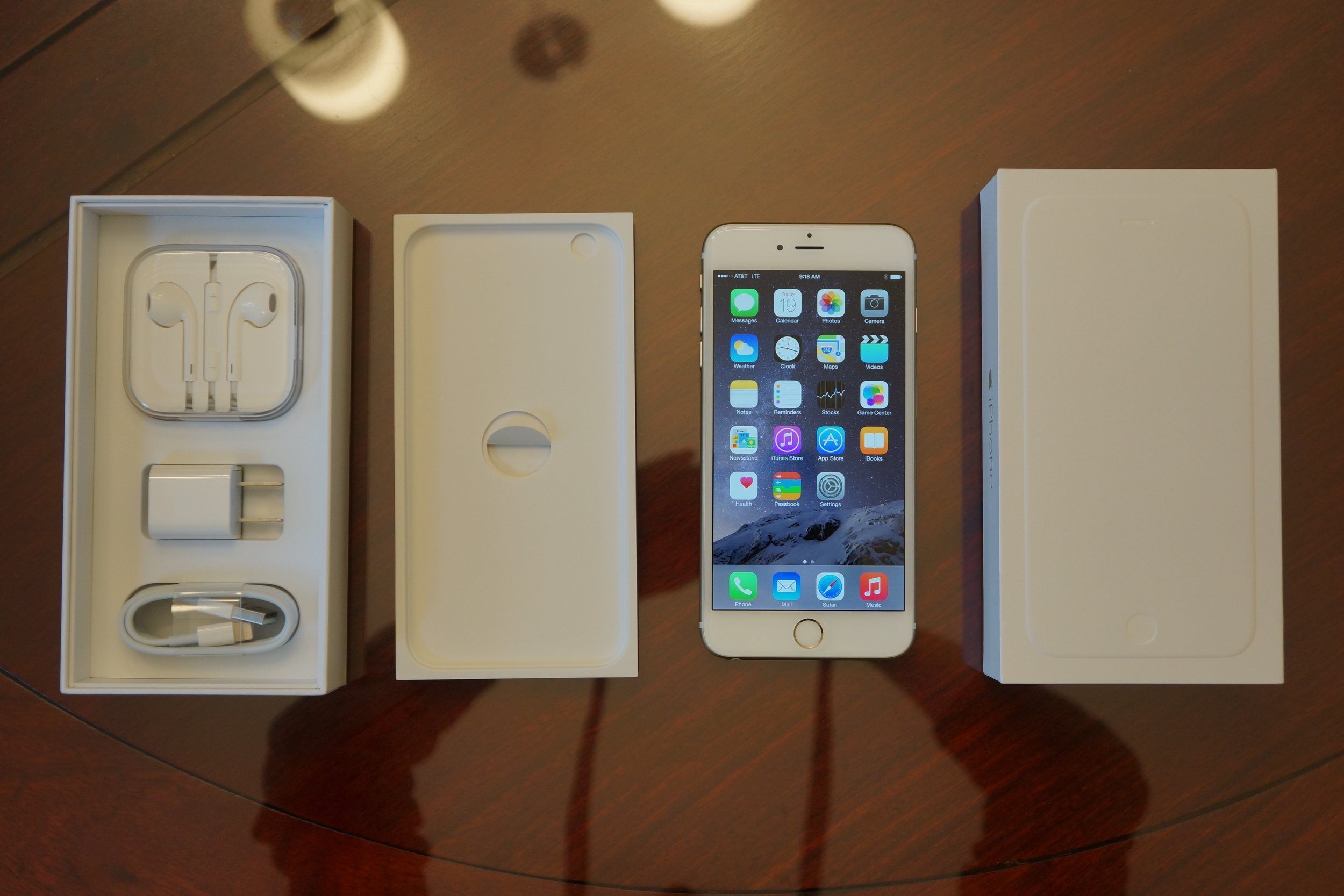 As with all other iPhones in Apple's current lineup, the 6 Plus ships with a set of EarPods with Remote and Mic in travel case, AC adapter, and Lightning to USB cable.