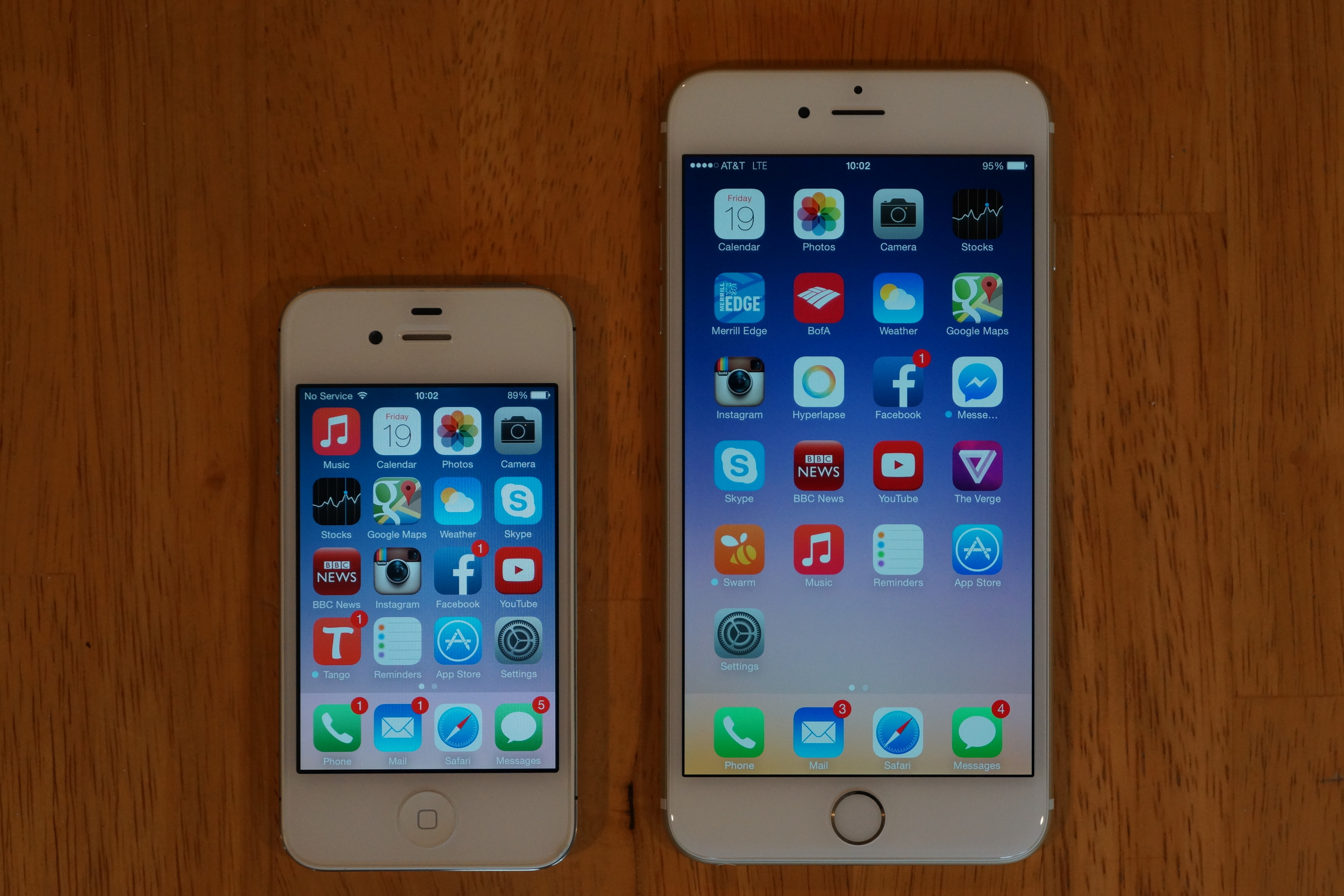 iPhone 6 Plus alongside a 4S. Both the 6 and 6 Plus add an additional row of icons to the 5/5S's five. iPhone 4 = 4 rows, iPhone 5 = 5 rows, iPhone 6 = 6 rows, iPhone 7 = 7 rows?