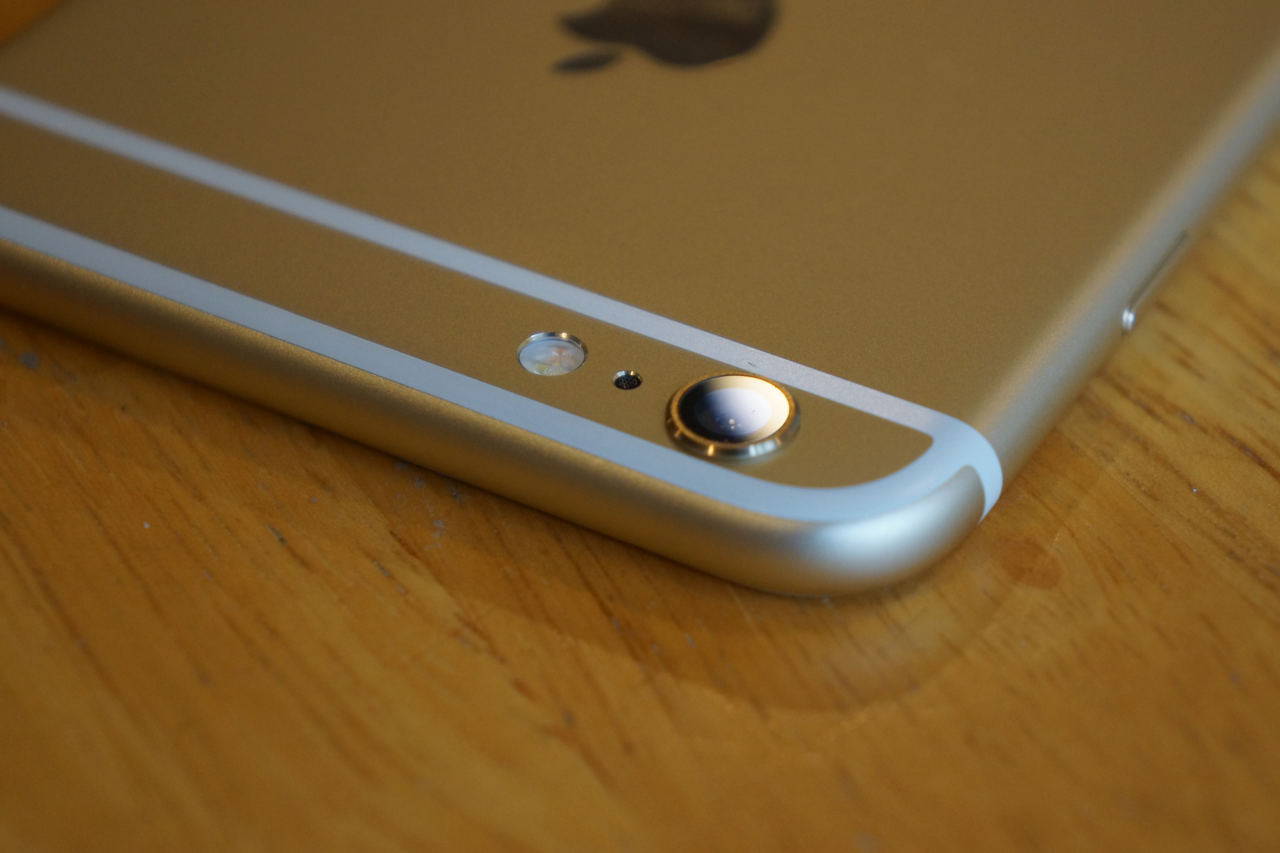 Like the 5S, the iPhone 6 has an artificial sapphire camera lens, accompanied by an integrated two-tone LED flash.