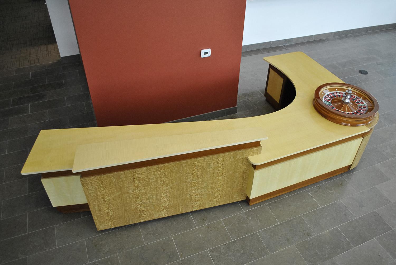 Custom-Corporate-Desk.jpg