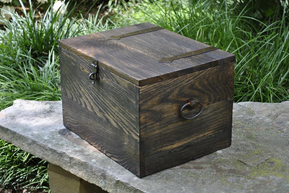 custom-oak-dark-chest.jpg