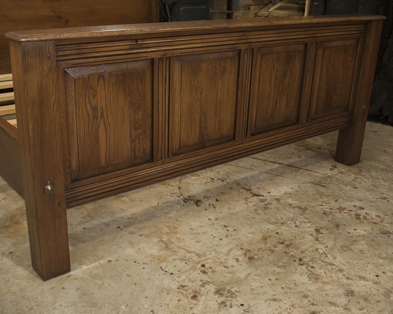 Large-Tudor-Oak-Bed.jpg