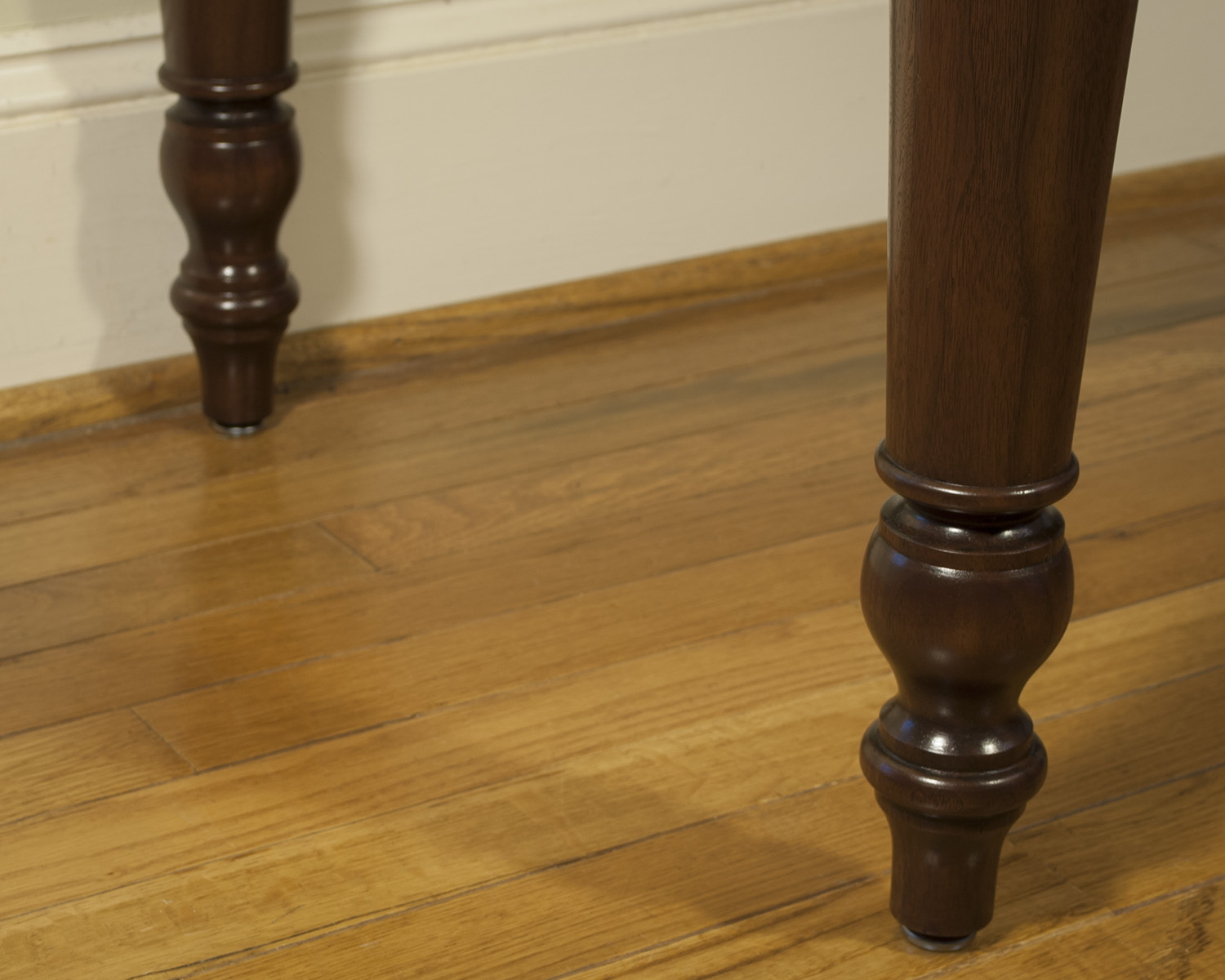 Traditional-Walnut-Turned-Leg-Table.jpg