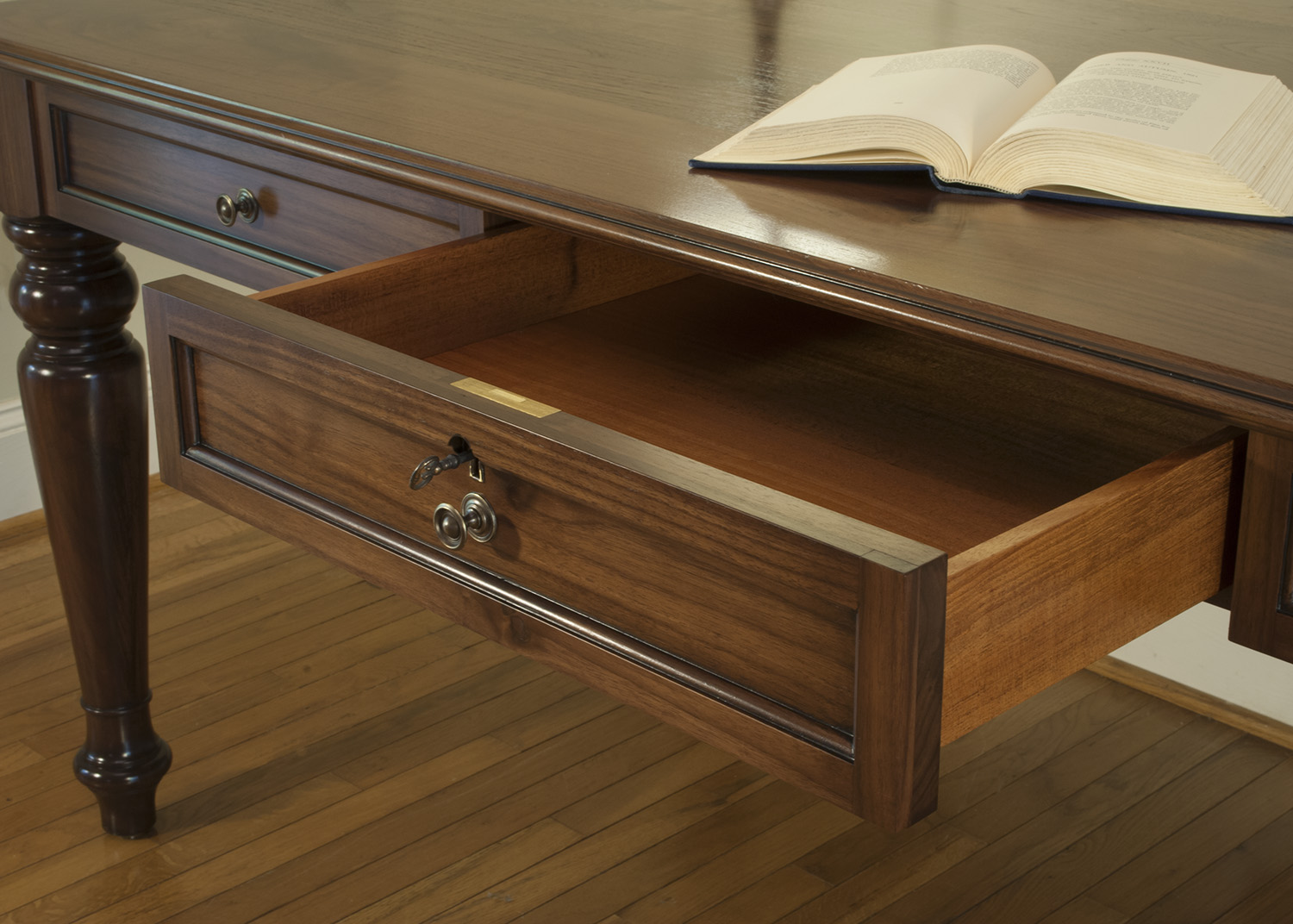 Traditional-Walnut-desk-locking-drawer.jpg