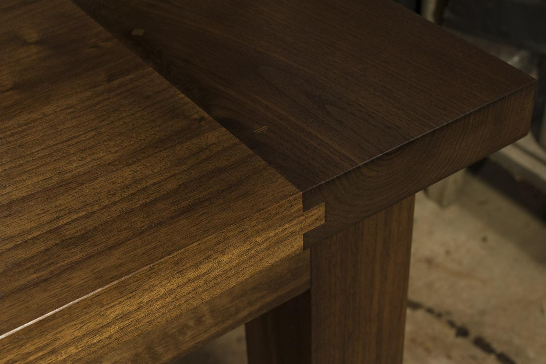 Contemporary-Walnut-Dining-Table-detail-Breadboard-web.jpg