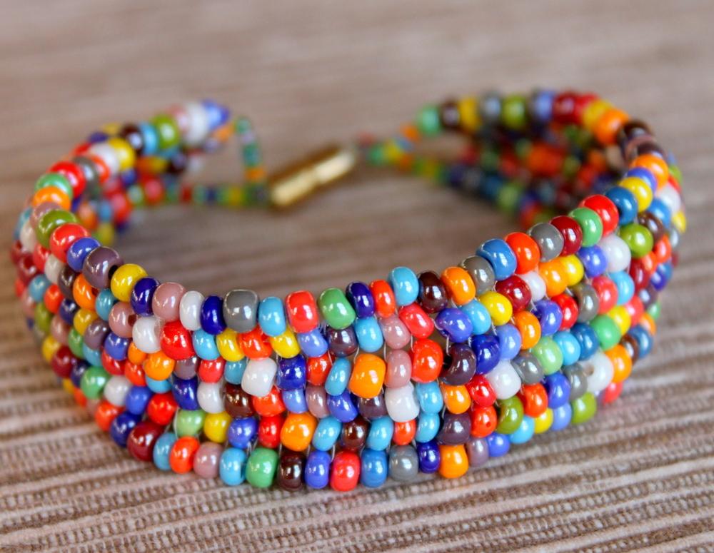 Graceful-Creations-colorful-beaded-bracelet.jpg
