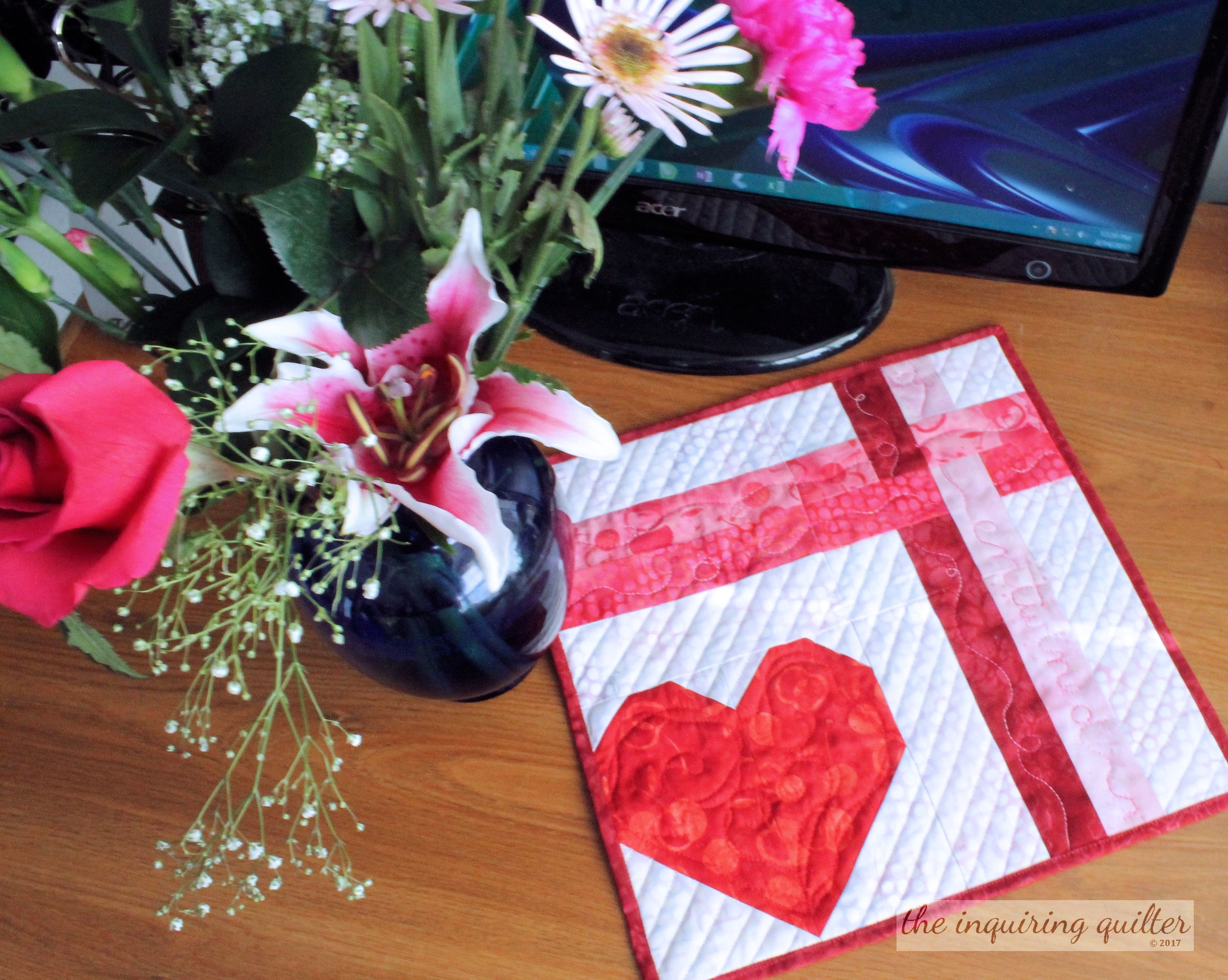 A mini quilt for Valentine's