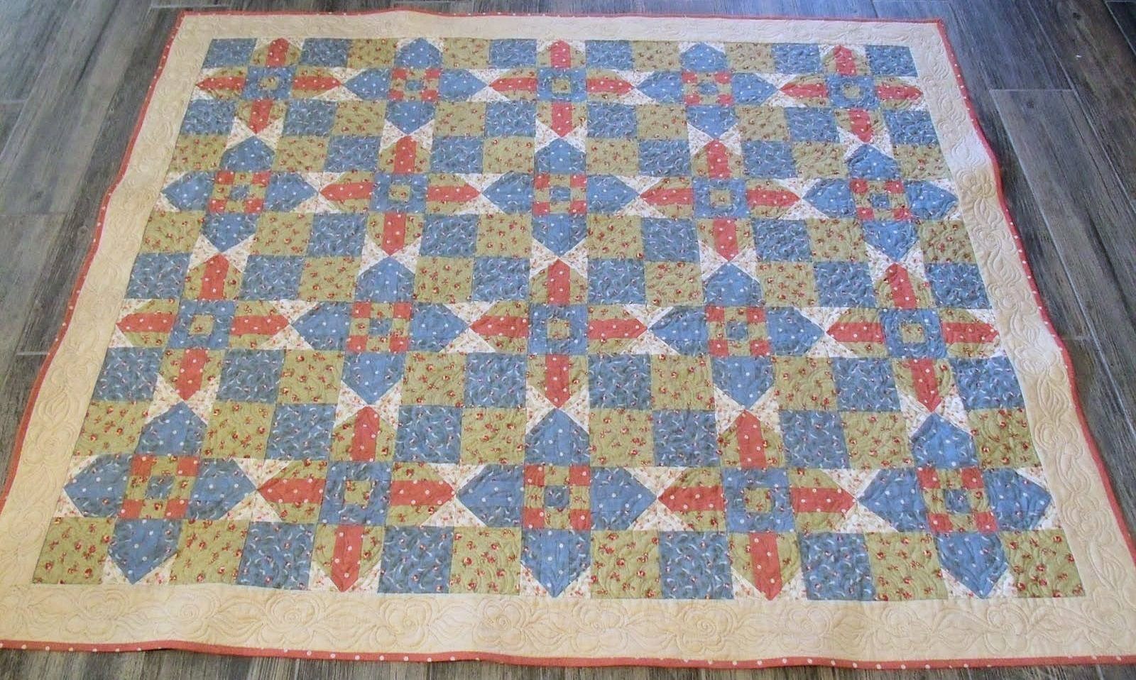 Pam's Berry Cross quilt from Week 3