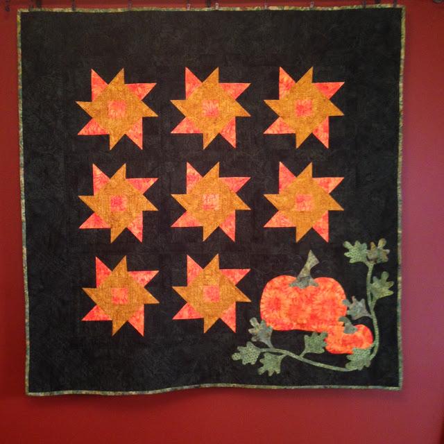 Sharon's pumpkin quilt from Week 39