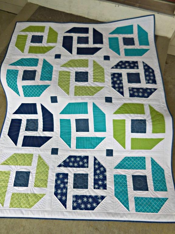 Vicki'es Cheerful quilt from Week 12
