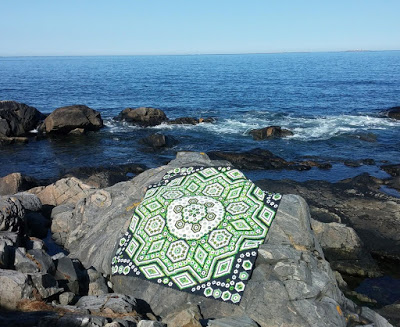 Turid green hexie quilt pattern by Grit Kovacs 5.jpg
