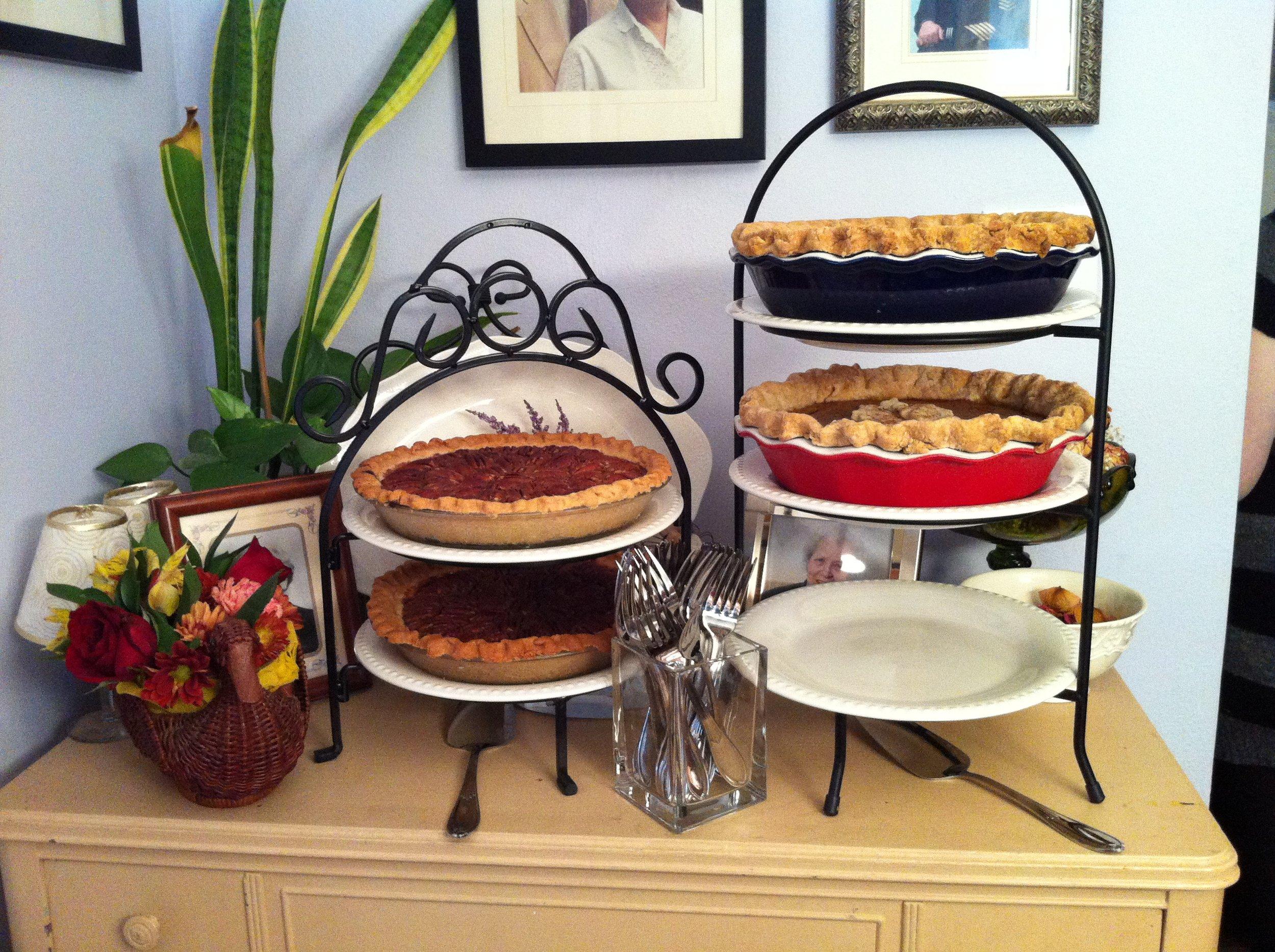 Thanksgiving pies 2014.JPG