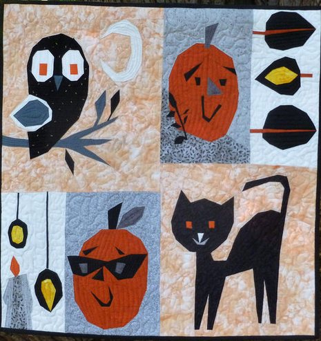 Lisa Marie Halloween mini quilt.JPG