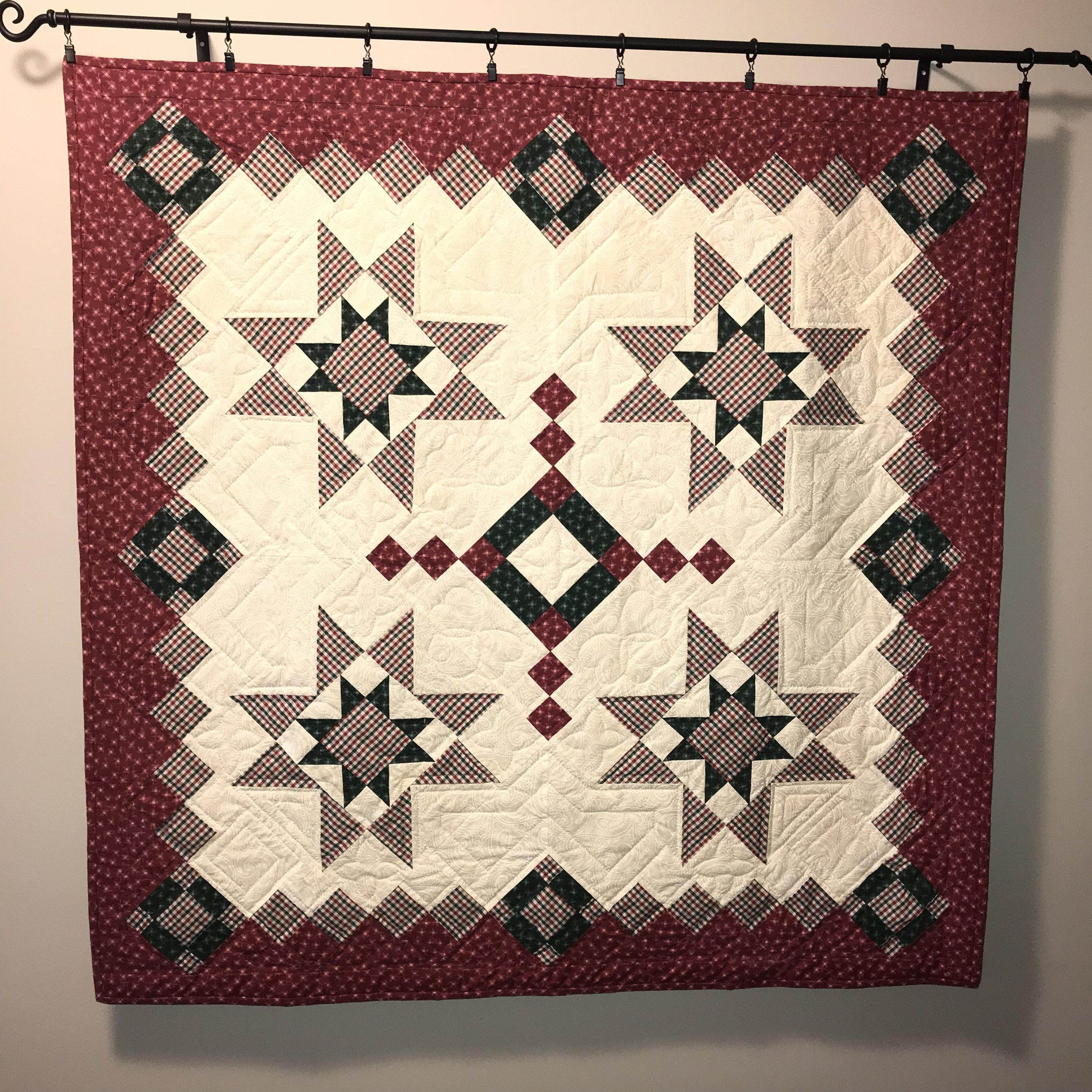 Chris Christmas quilt for mother in law.jpeg