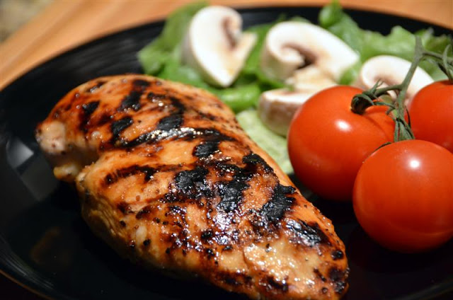Honey Vinaigrette Grilled Chicken - ButterYum