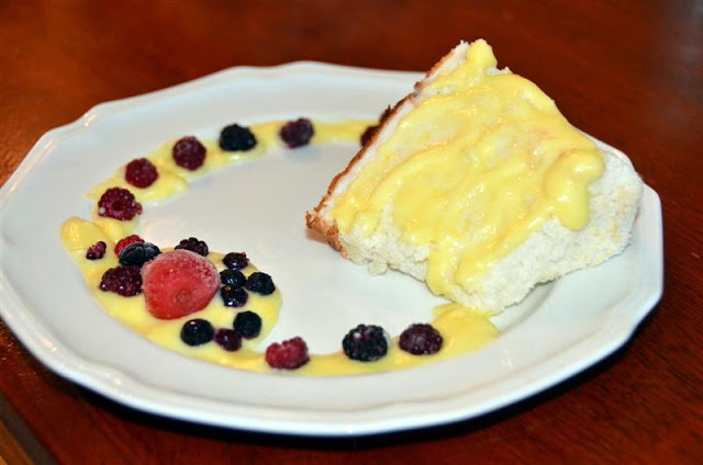 angel food cake with lemon cream sauce and mixed berries - butteryum jr.