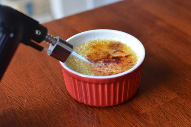 Classic Creme Brulee - ButterYum. cream brûlée recipe. how to make creme brûlée at home. creme brûlée recipe. diy cream brûlée. kitchen torch desserts. French dessert at home. French dessert recipe.