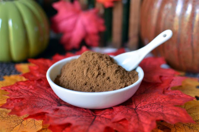 Pumpkin Pie Spice - ButterYum. how to make your own pumpkin spice mix. how to substitute pumpkin pie spice. pumpkin spice mix substitute. diy pumpkin spice mix.
