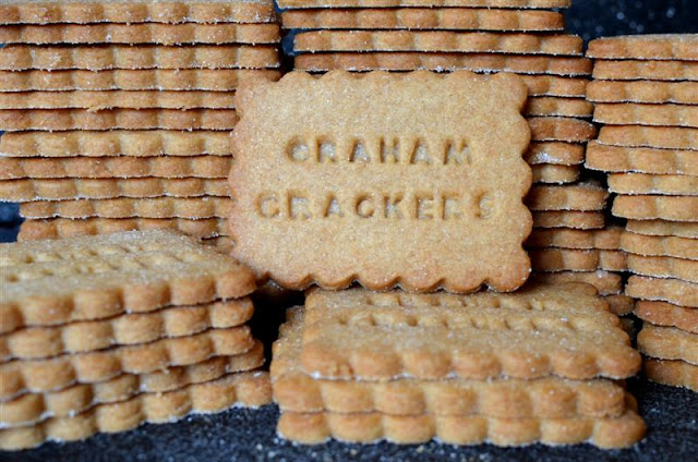 Miette's Homemade Graham Crackers - ButterYum