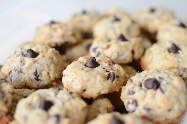 Almond Joy Cookies - ButterYum